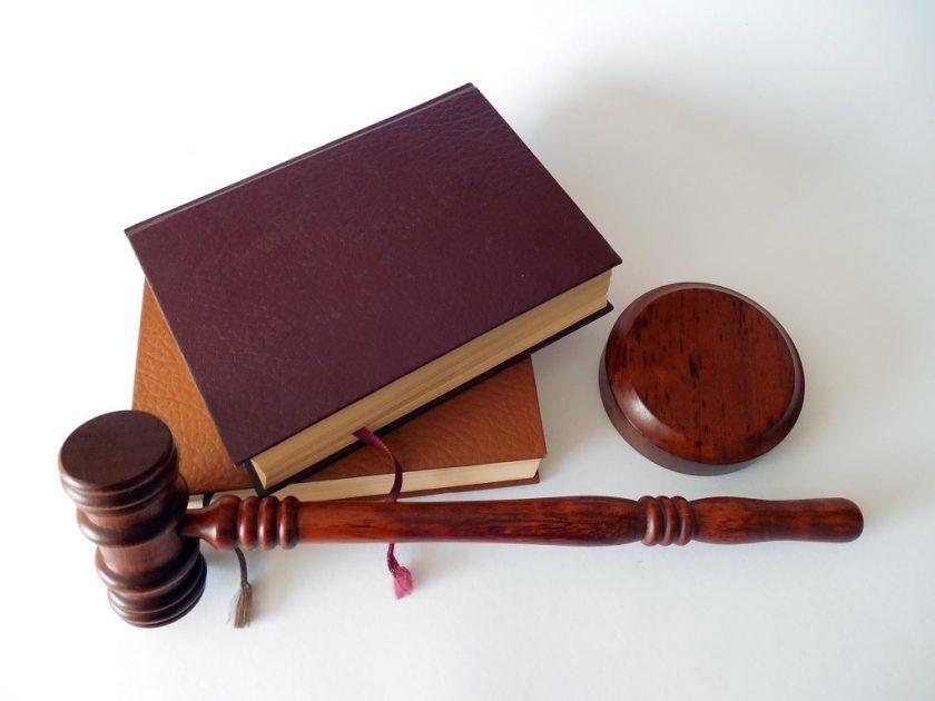 Les huissiers de justice ont-ils des pouvoirs légaux ?