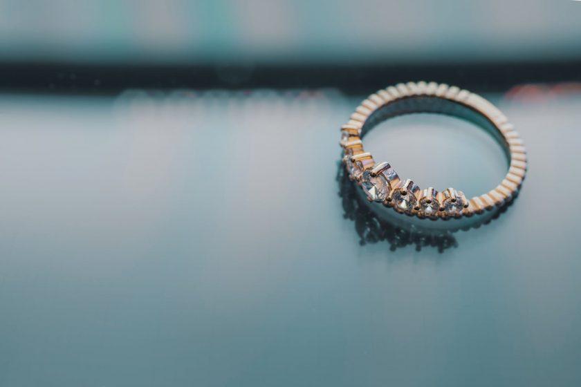 Quelques conseils pratiques pour entretenir votre alliance diamant