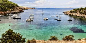 Ibiza et ses lieux emblématiques à ne pas manquer